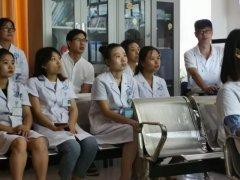 我院超声科儿科共同学习小儿肺超声检查及操作
